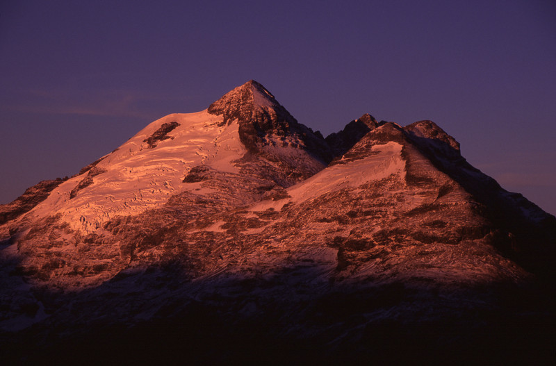 Sunrise on Earnslaw