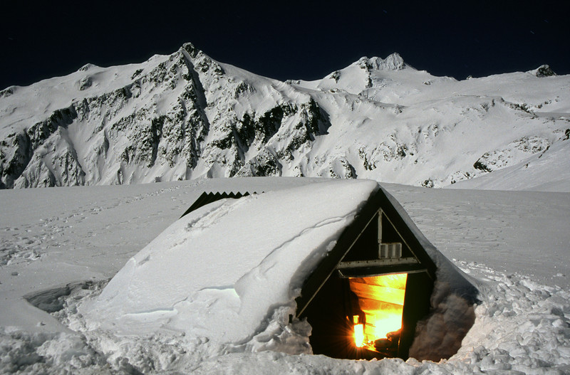 The old Brewster Hut by night