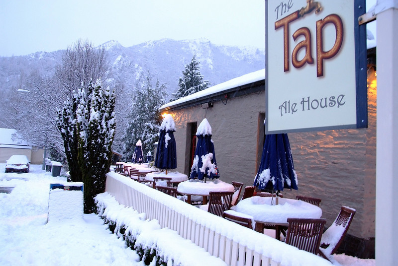 Arrowtown chilled dining on tap