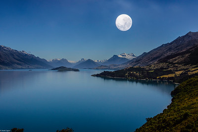 Moonrise over Lake Wakatipu