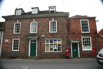 Newent Post Office