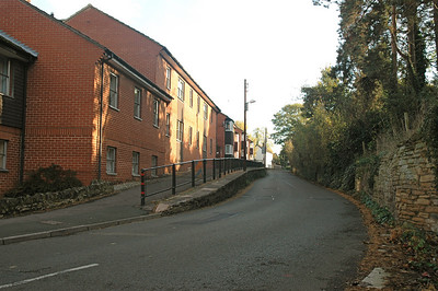Gloucester Road entering Newent