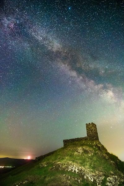 Brentor beneath the stars 2