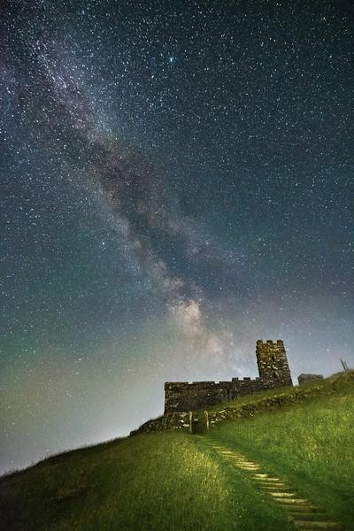 Brentor beneath the stars 1