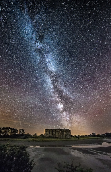 Meteors over Carew Castle