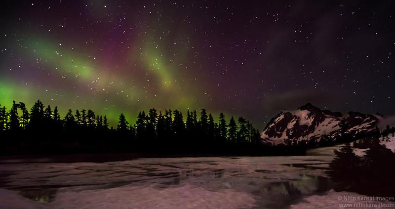 Mt Suskan With Northen Lights from Mt Baker