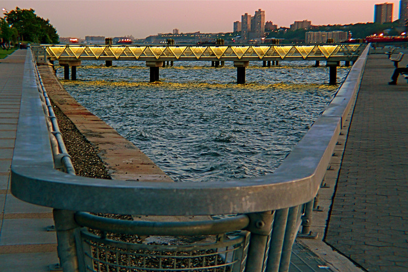 West Harlem Piers Park has transformed the historic Manhattanville docks into a placid and scenic promenade.