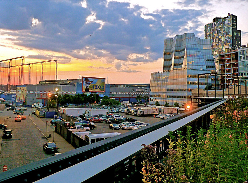 Chelsea Piers and Frank Gehry's IAC Building - Seen from the High Line