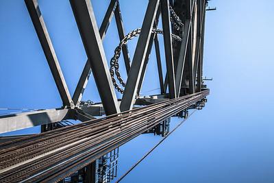 1200 ton balancing act