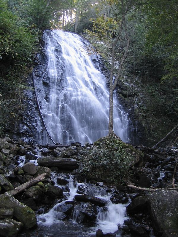 Blue Ridge Parkway: Crabtree Falls<br /> North Carolina