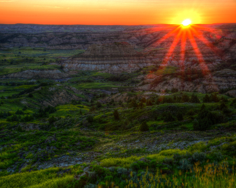 Sunrise - Theodore Roosevelt National Park