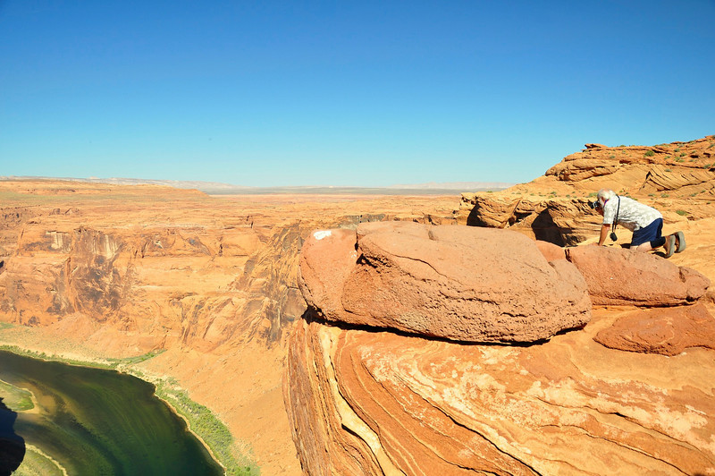 Photographer, Horseshoe Bend, Colorado River, Page, AZ.
