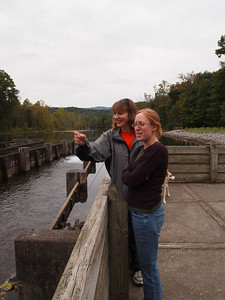 Liz and Vanessa watch the anglers.