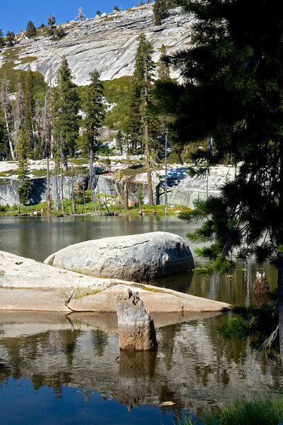 Mountain lake, Sierra's