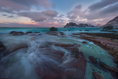 Lofoten Islands, Winter dreary Day,  Photo tour with Adrian Szatewicz. Places visited today:  Gimsoy. Uttakleiv beach where the the eye of Uttakleiv was photographed