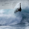 Twist and shout<br /> <br /> Pipeline - North Shore - Oahu