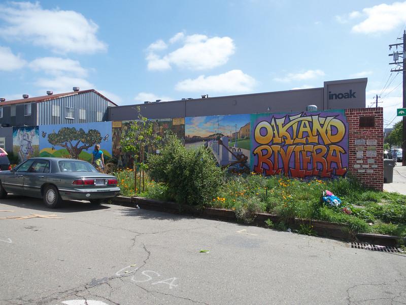 The Rue de Merde Mural<br /> Oakland  2014-04-12 at 12-01-20