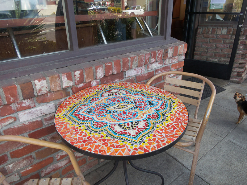 A table at Kafe Coffee<br /> Oakland  2014-04-12 at 12-10-47