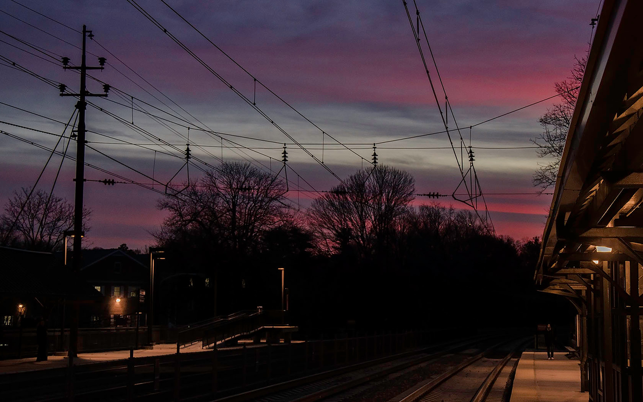 Radnor Station Sunset - 1680x1050 pixels