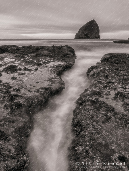 Cape kiwanda on rainy morning during winter