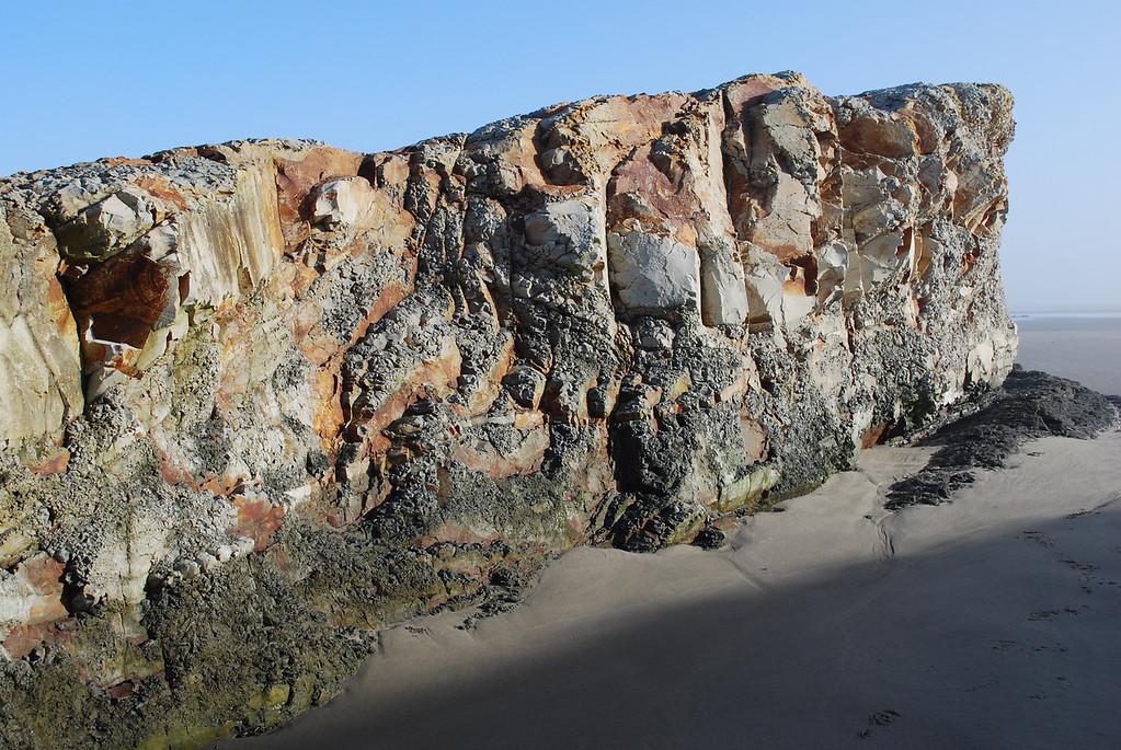 May dawn Nye beach