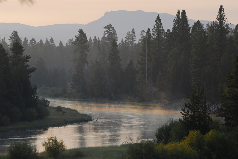 Deschutes River at dawn