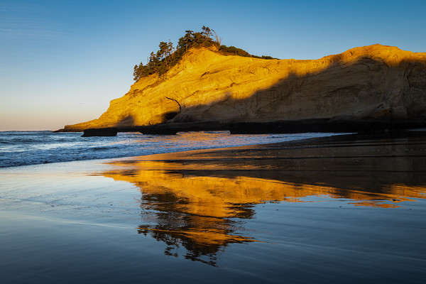 Sunrise at Cape Kiwanda