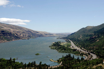 view from Rowena plateau