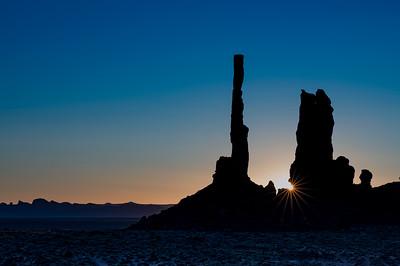 Totem Pole Sunburst in Navajo Tribal Park
