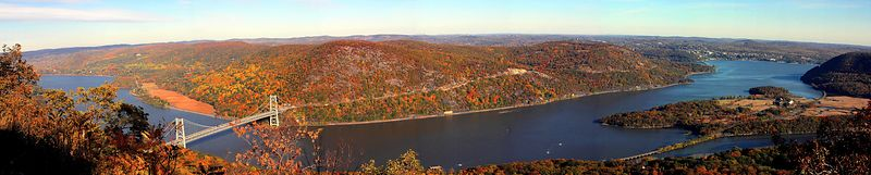 <b> Bear Mountain Bridge, Hudson River from Bear Mountain </b>