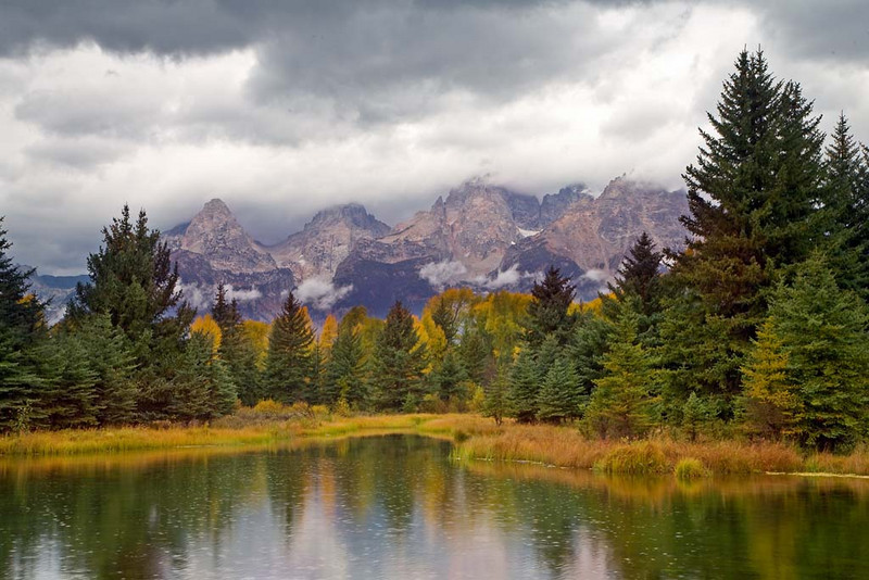 A rainy day at Schwabacher's Landing