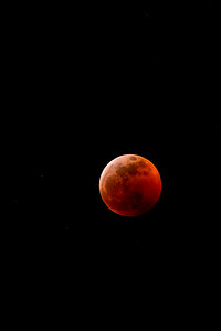 Super Blood Moon approaching totality  no crop 1081 -1081