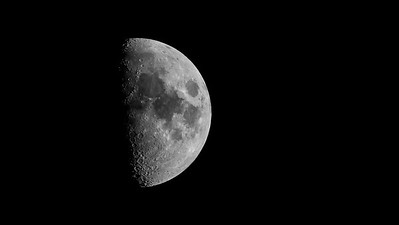 half moon at 1 125 th f 56 ISO 400  420mm  M1X Oly 300 monochrome -220019