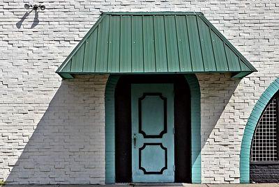 Turquoise door 7082