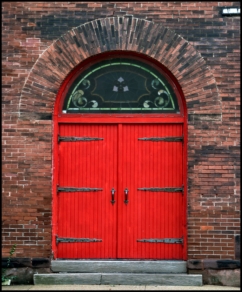 Church door facing north 8655