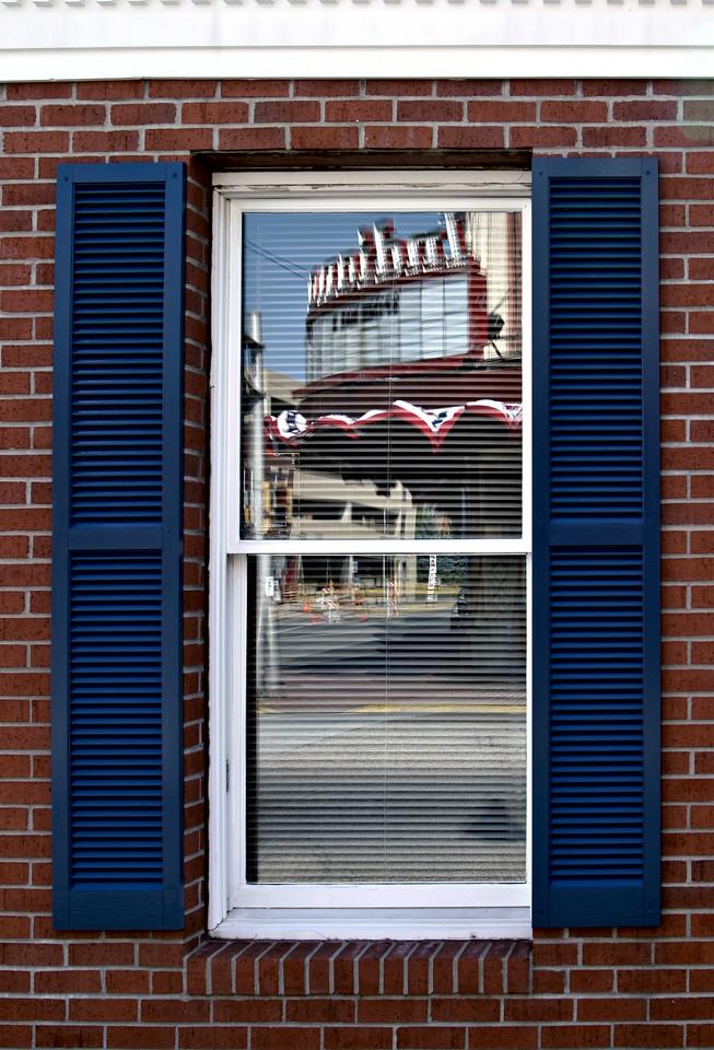 Indiana thr reflection 8077