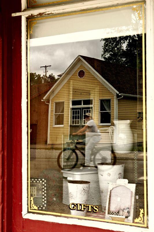Bicycle reflection 7373