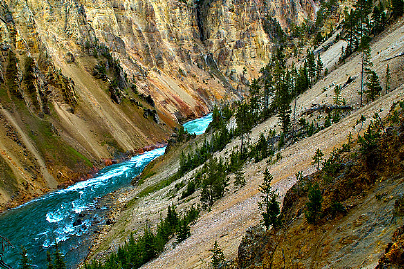 Yellowstone River in Grand CAnyon of the Yellowstone in YNP
