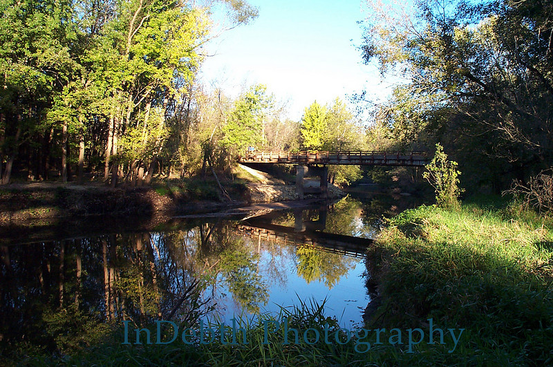 P1000914 Cedar Rapids bridge