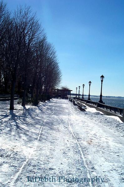 Hudson River - Winter walk