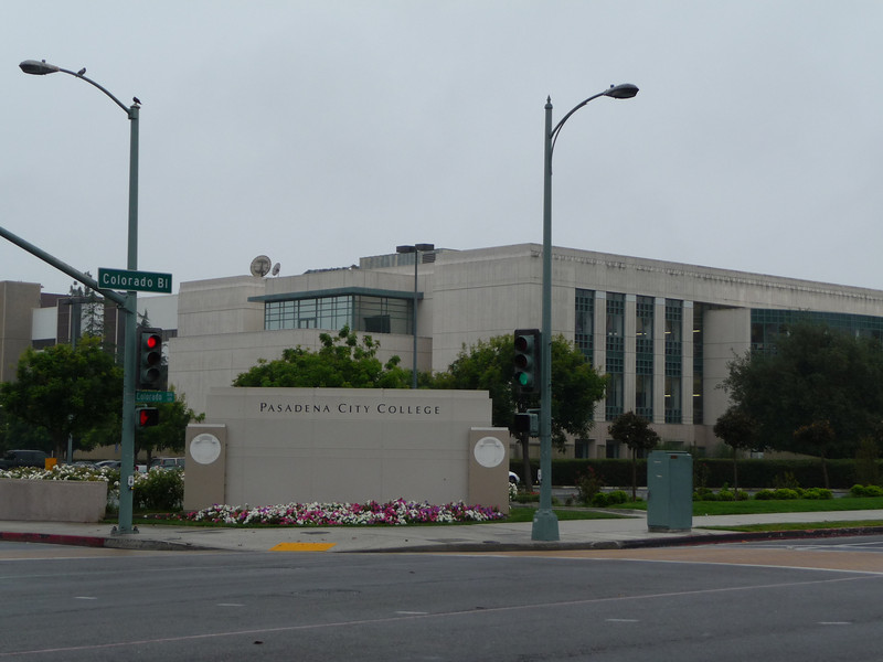 Pasadena City College - newer Library Building ~ June 20, 2009