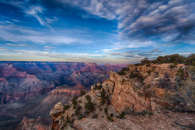 Moonrise over Grand Canyon, south rim