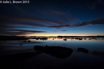 1683 Mono Lake before sunrise