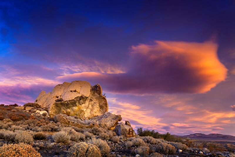 Broken Tufa Pyramid Lake Monument Rock