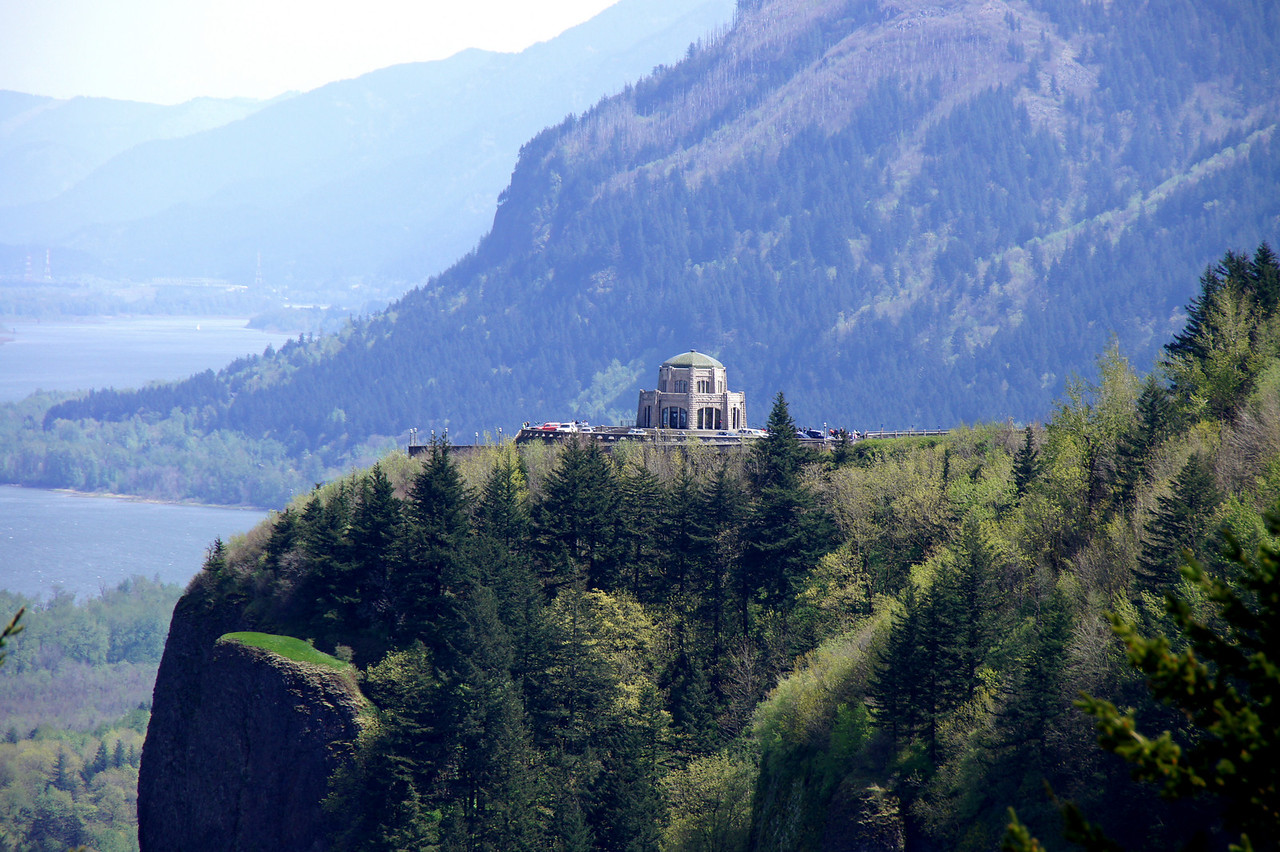 Longshot of Vista House in the Columbia River Gorge.