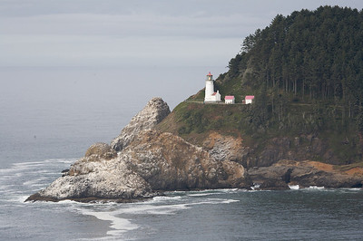 Yaquina Lighthouse Horiz