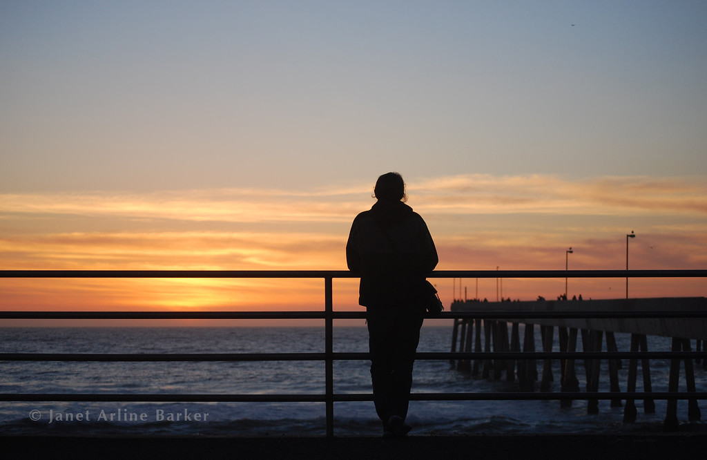 6878-Sunset at the Pacifica Pier