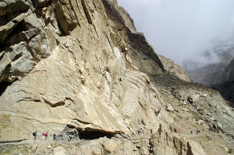 Ultar Trek along the Dilbar Channel
