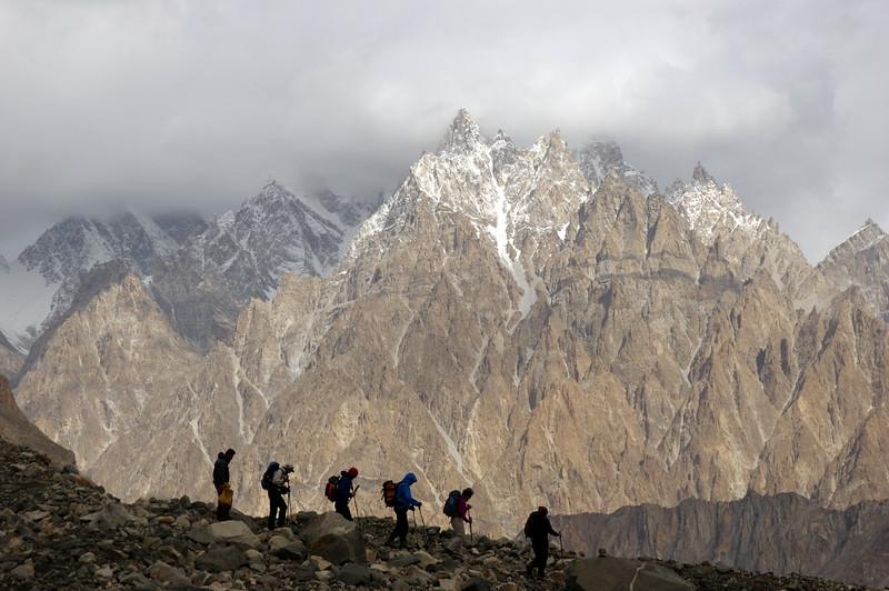 Trekking underneath the Passu Cones (6100 m)