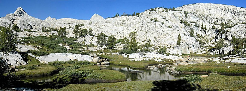 Granite Park, eastern Sierra Nevada, CA --- 5 pics stitched with Panorama Factory software